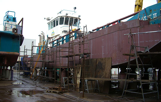 Shallow water vessel conversion in Holland